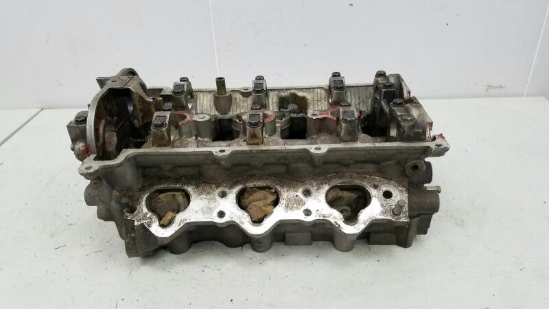 Головка блока цилиндров гбц Mazda Mx3