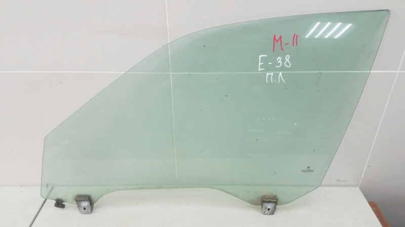 Стекло двери Bmw 750 I Il E38 M73 1997 переднее левое