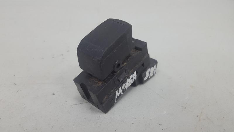 Кнопка стеклоподъемника Suzuki Sx4 GYA M16A 2012