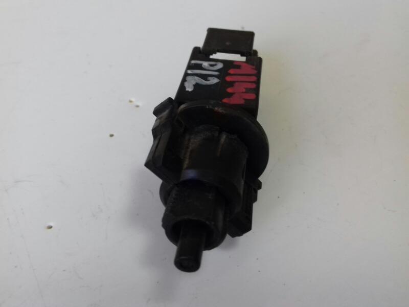 Выключатель стоп-сигнала Nissan Primera P12 QR20DE 2003