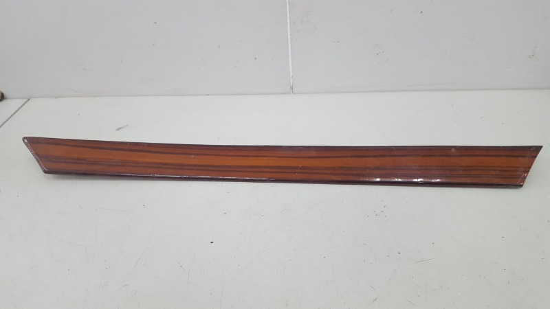 Накладки дерево обшивок Mercedes E200 W124 M102.922 1988 задние левые