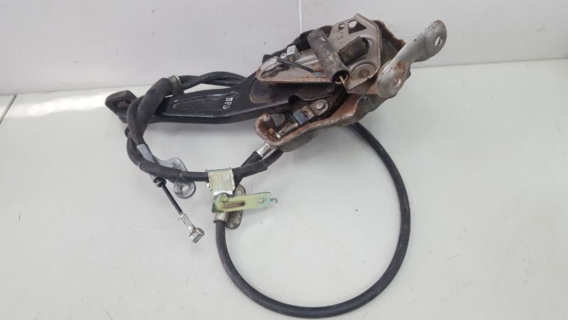 Педаль стояночного тормоза ножник Hyundai Grandeur 4 TG G6DB 3.3Л 2008