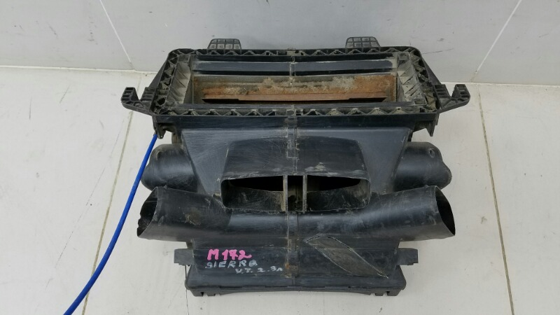 Корпус печки Ford Sierra YT 2.3Л ДИЗЕЛЬ 1990