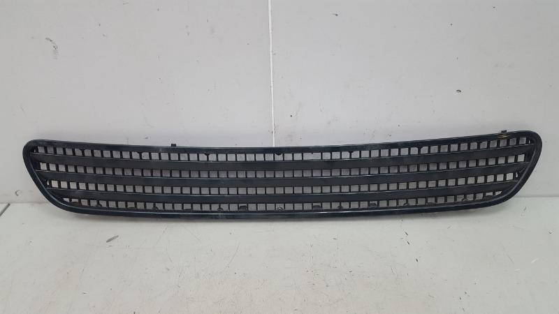 Решетка капота Bmw 745I E65 N62B44A 4.4Л 2002