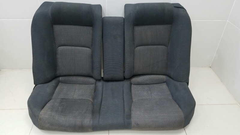 Комплект сидений Nissan Skyline V35 VQ25DD 2005 задний