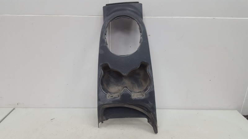 Консоль между сидениями Suzuki Sx4 GYA M16A 2012