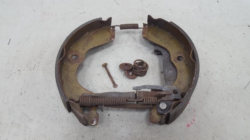 Механизм развода колодок ручника Proton Persona 400 415 4G15 1999