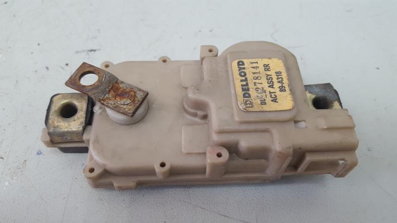 Активатор замка двери Proton Persona 400 415 4G15 1999 задний левый