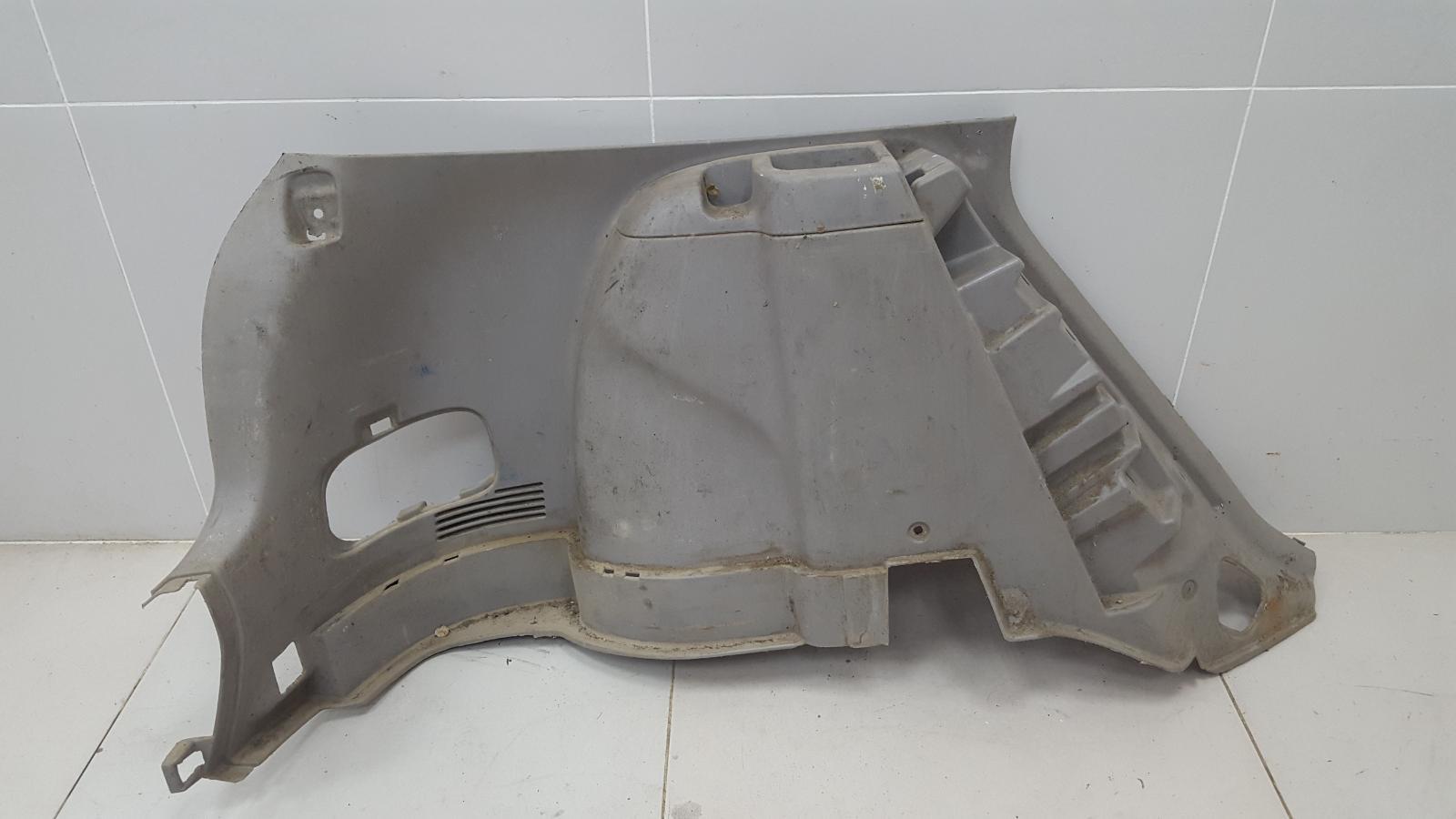 Обшивка багажника Toyota Corolla Spacio AE115 7A-FE 1.8Л 1999 задняя левая