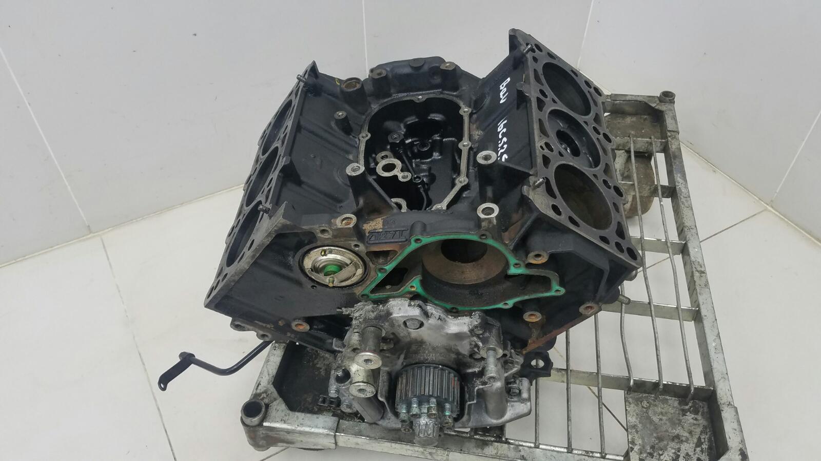 Блок двигателя двс Audi A6 C5 BAU 2.5Л ДИЗЕЛЬ