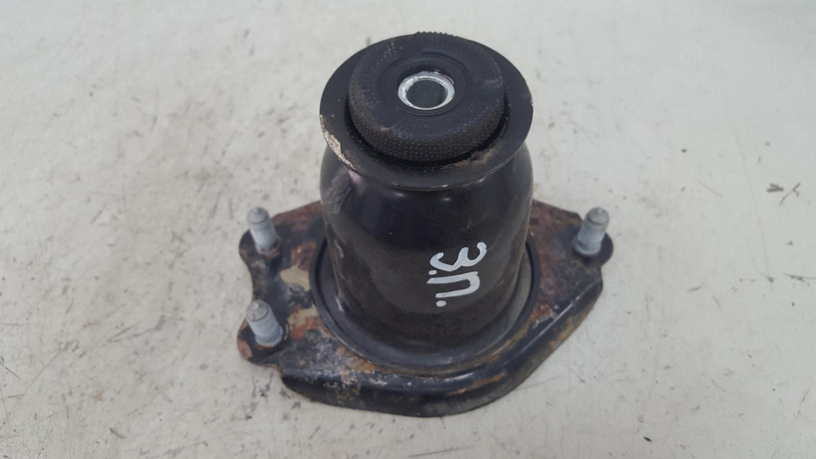 Опора стойки Toyota Avensis 2 T250 1ZZ-FE 1.8Л 2008 задняя правая