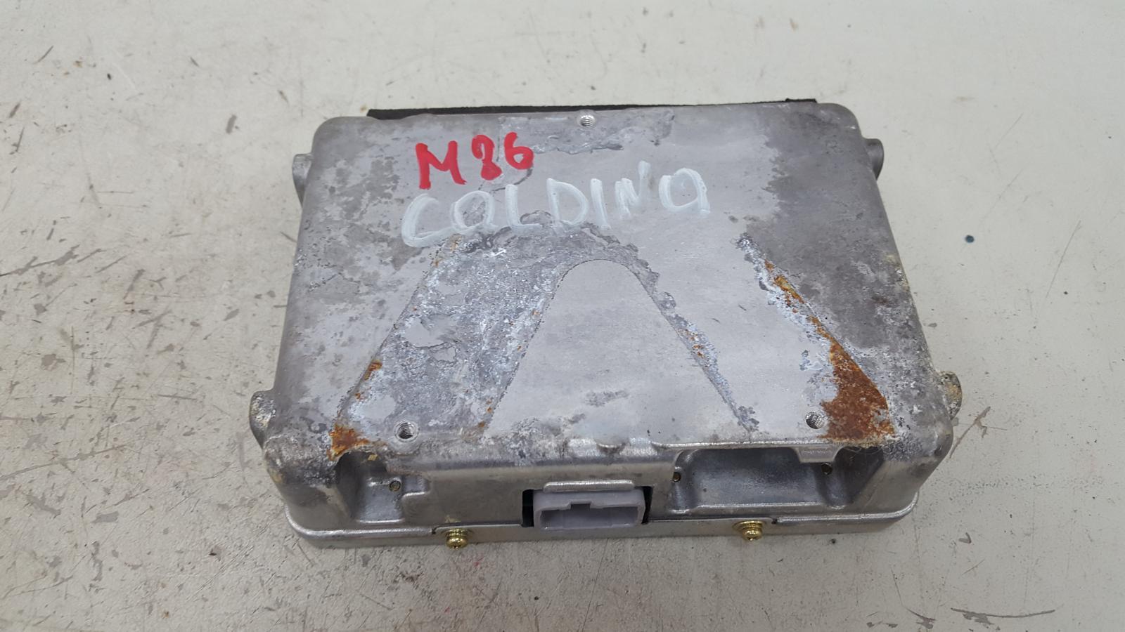 Эбу электронный блок Toyota Caldina T210 3S-FE 2001