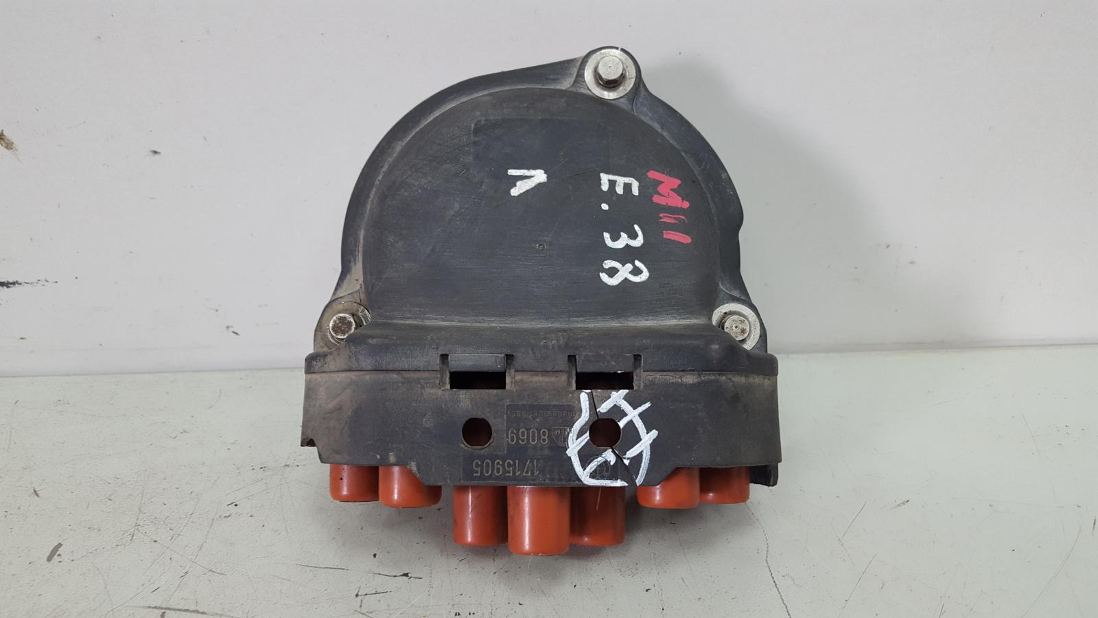 Крышка распределителя зажигания Bmw 750 I Il E38 M73 1997 левая