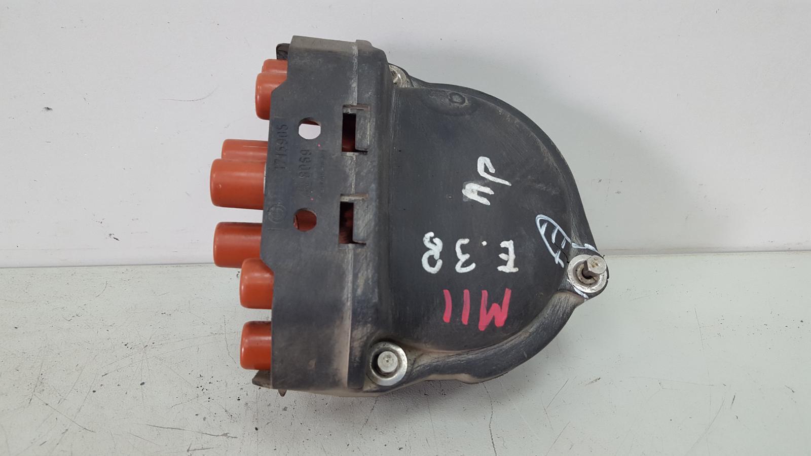 Крышка распределителя зажигания Bmw 750 I Il E38 M73 1997 правая