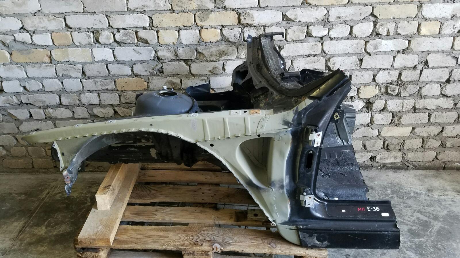 Четверть кузова Bmw 750 I Il E38 M73 1997 передний левый