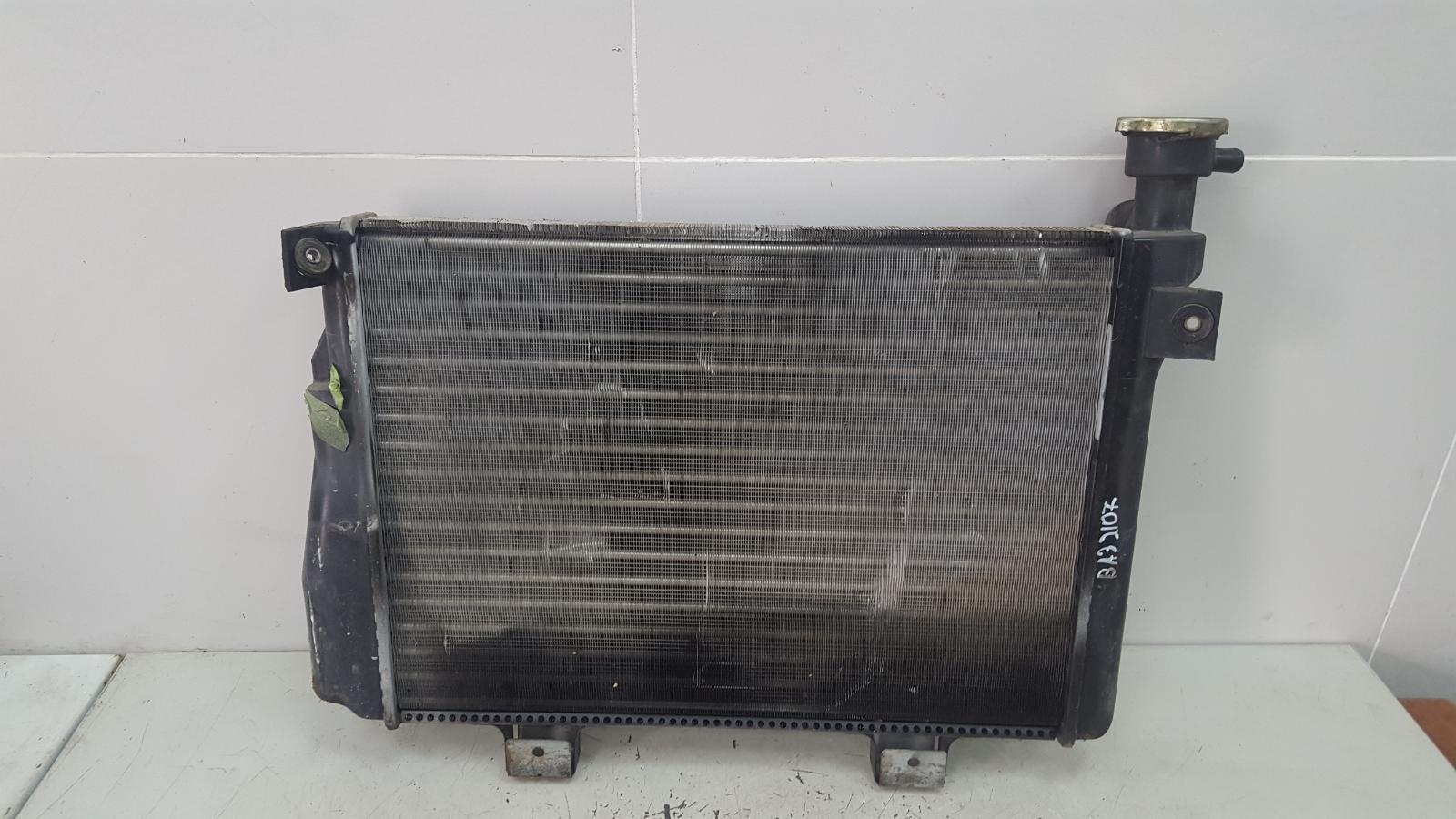Радиатор охлаждения двс Ваз 2107