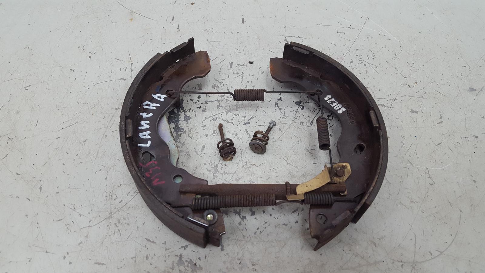 Механизм развода колодок ручника Hyundai Lantra J2 G4GM 1996