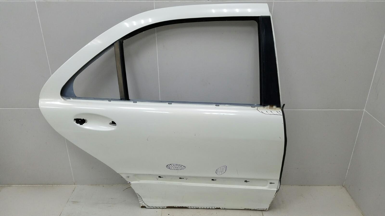 Дверь Mercedes S320 W220 M112.944 2001 задняя правая