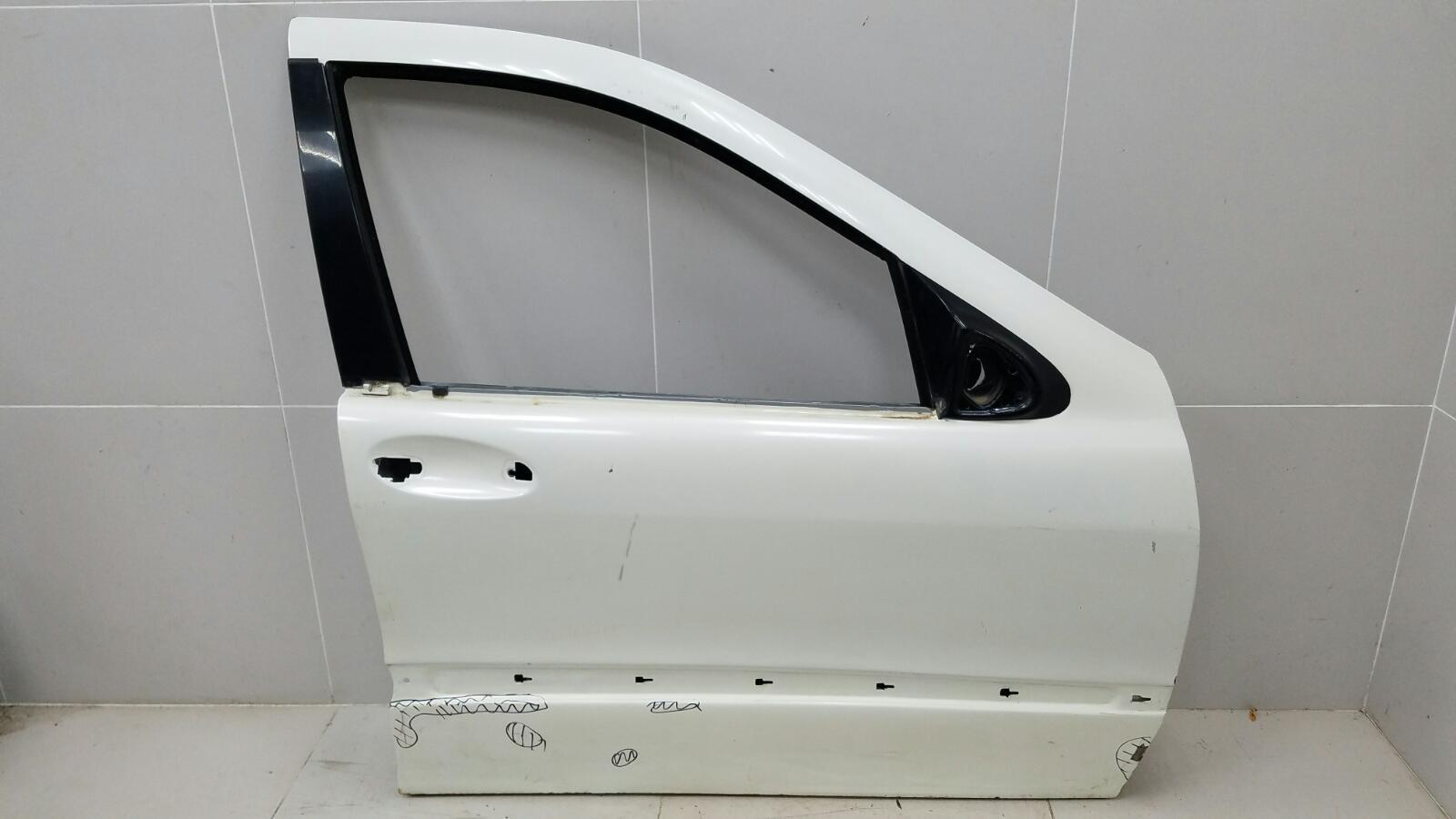Дверь Mercedes S320 W220 M112.944 2001 передняя правая