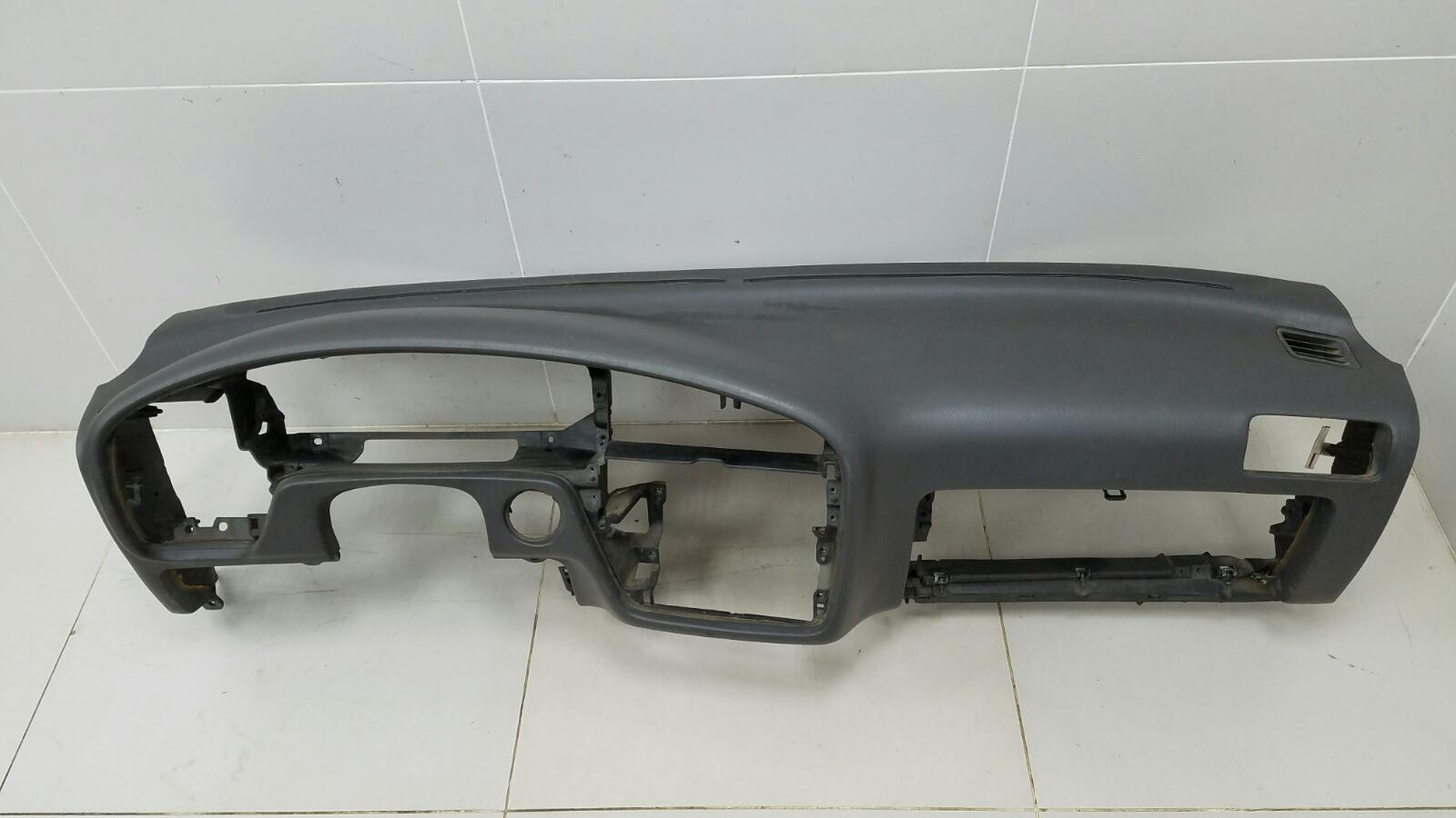Торпеда (панель) Toyota Camry SXV1 3VZFE 3.0Л 1992