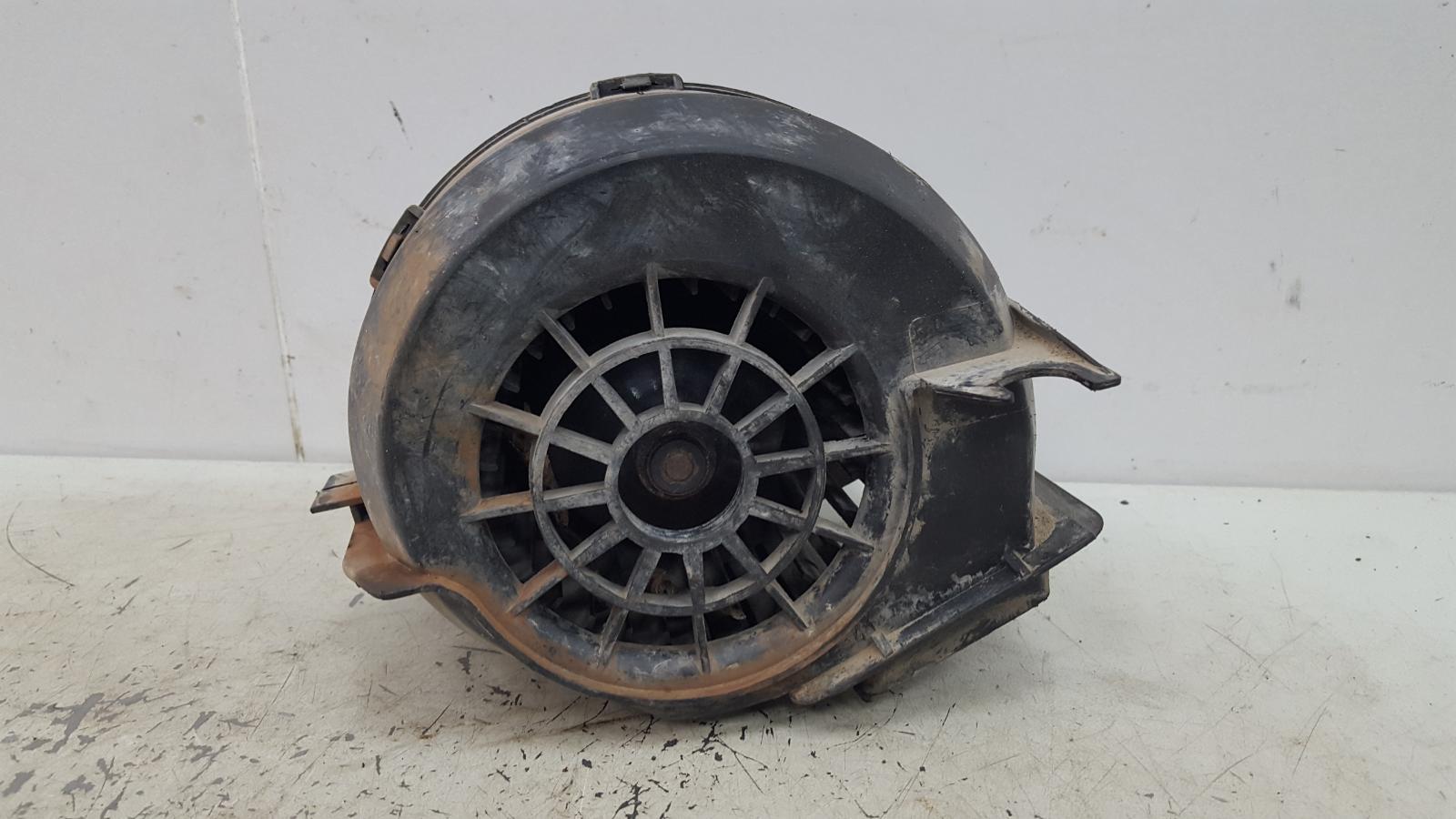 Моторчик печки Ваз 2109