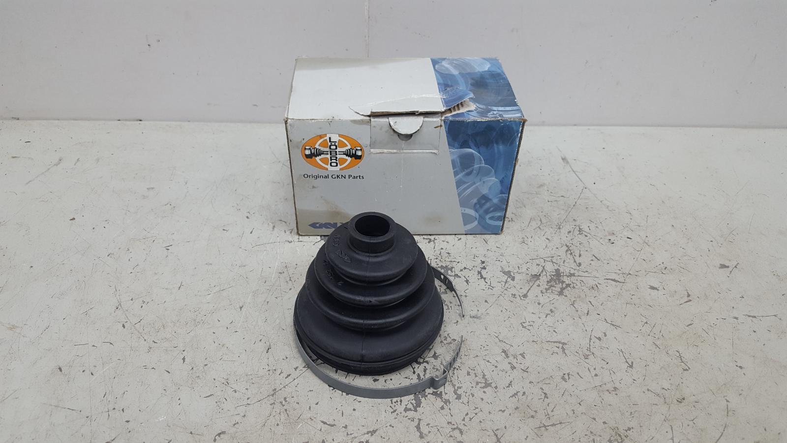 Пыльник шруса Opel Ascona 88г