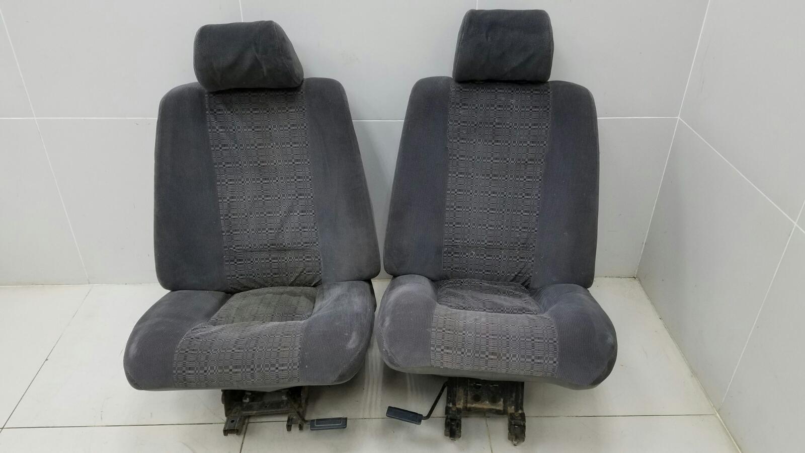 Комплект сидений Renault 21 L48 F2N 1993 передний