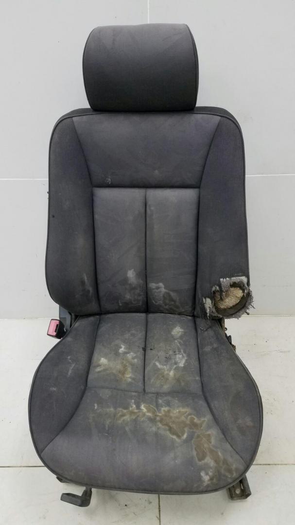 Сиденья Mercedes E230 W210 M111.970 1995 передняя левая