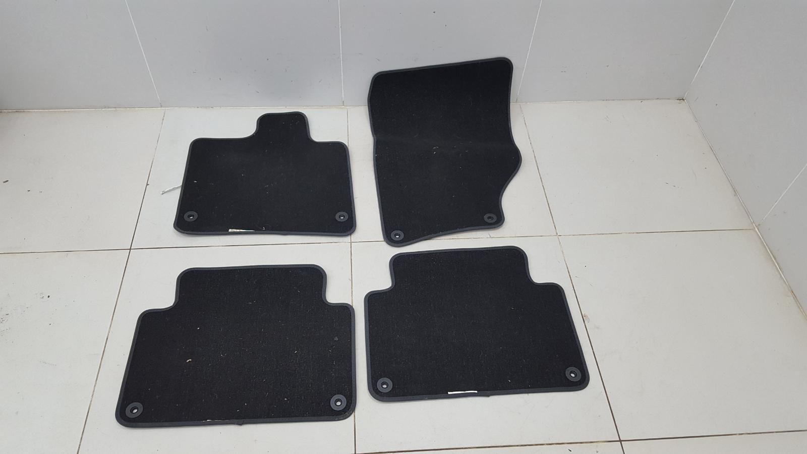 Комплект салонных ковриков Audi Q7 2012