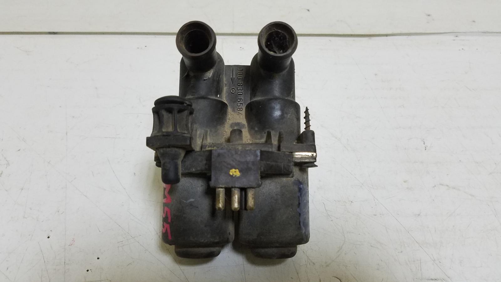 Клапан отопителя Mercedes E230 W210 M111.970 1995