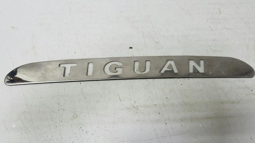 Накладка декоративная Volkswagen Tiguan