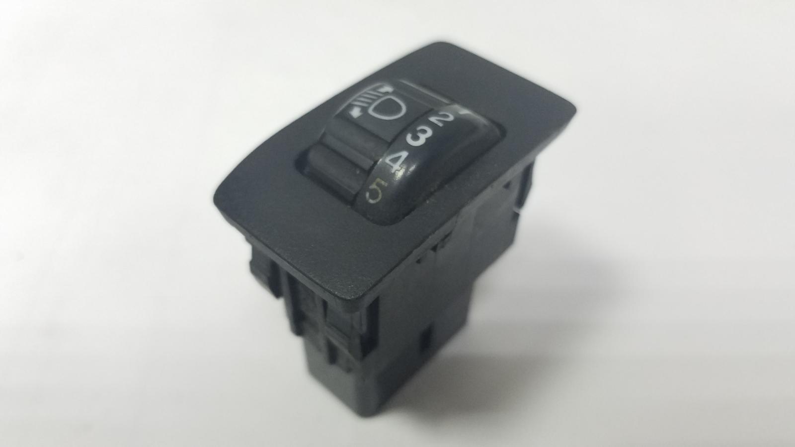 Кнопка ближнего света Toyota Camry SXV1 3VZFE 3.0Л 1992