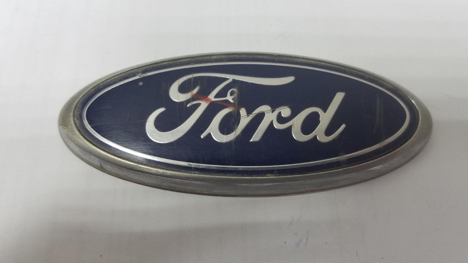 Эмблема Ford Focus 1 DRW EFI 2003