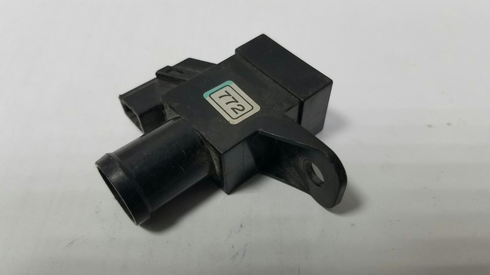 Датчик температуры кондиционера Nissan Skyline R33 RB20E 1998