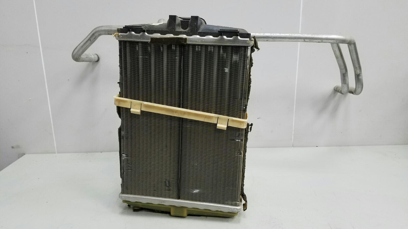 Радиатор печки Mercedes C280 W202 M104.941 1998