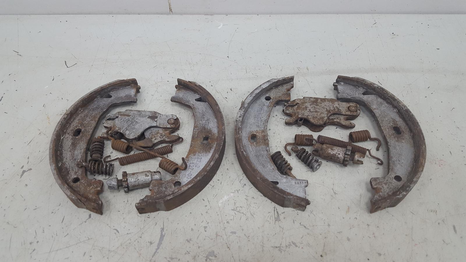 Механизм развода колодок ручника Bmw 320D E46 M47 2000 задний