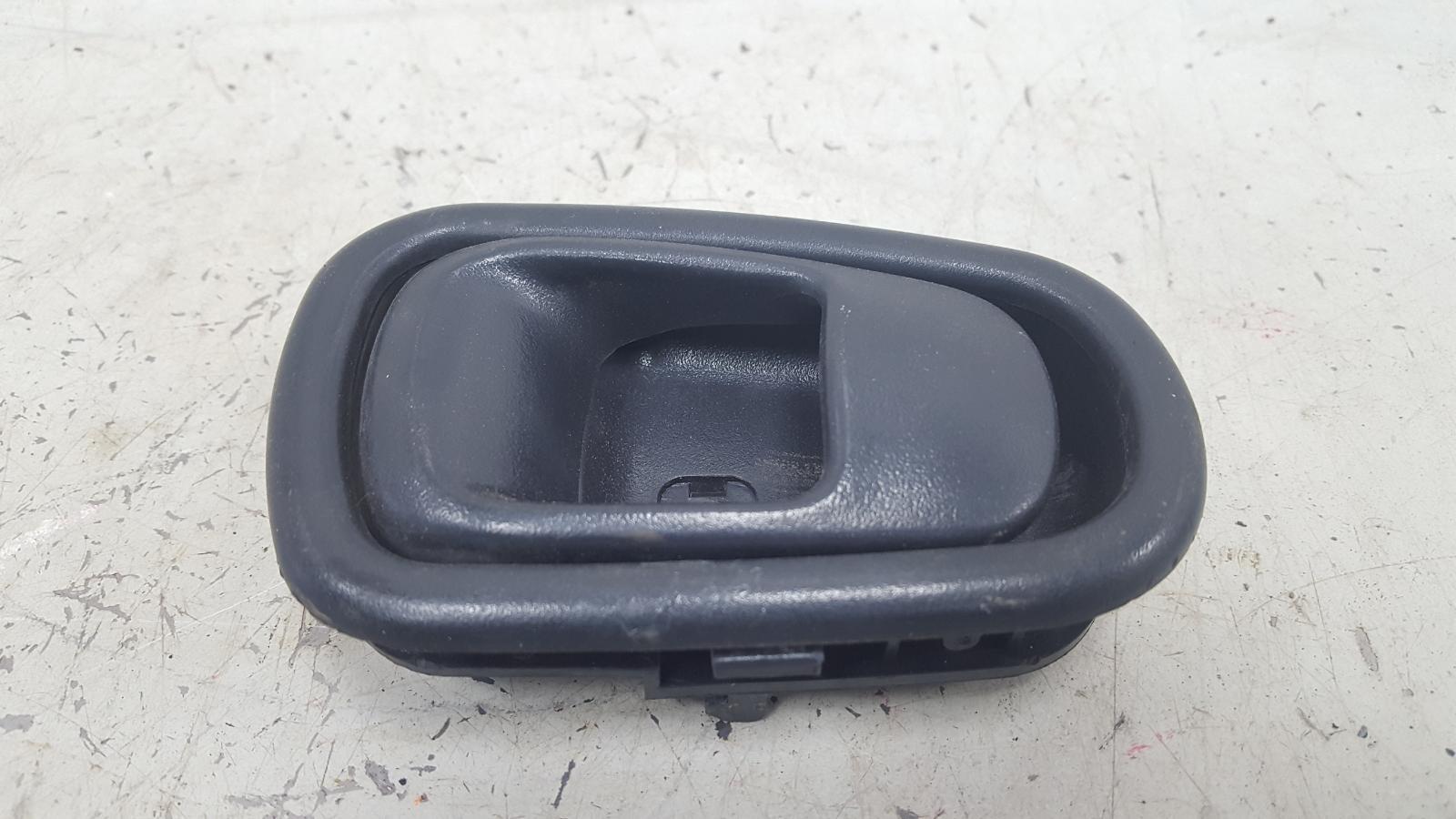 Ручка двери внутренняя Hyundai Sonata 2 Y3 G4EP 1998 передняя левая