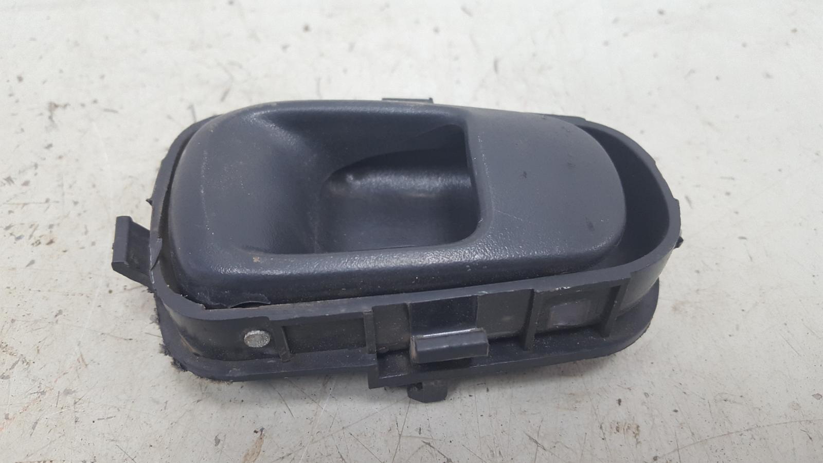 Ручка двери внутренняя Hyundai Sonata 2 Y3 G4EP 1998 задняя правая