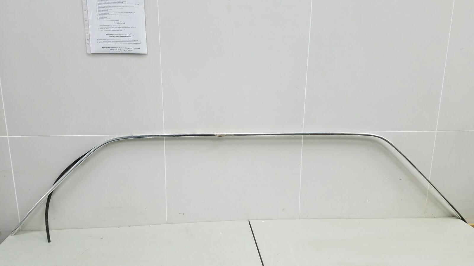 Молдинг стойки двери Mercedes S280 W126 M110.989 2 1983