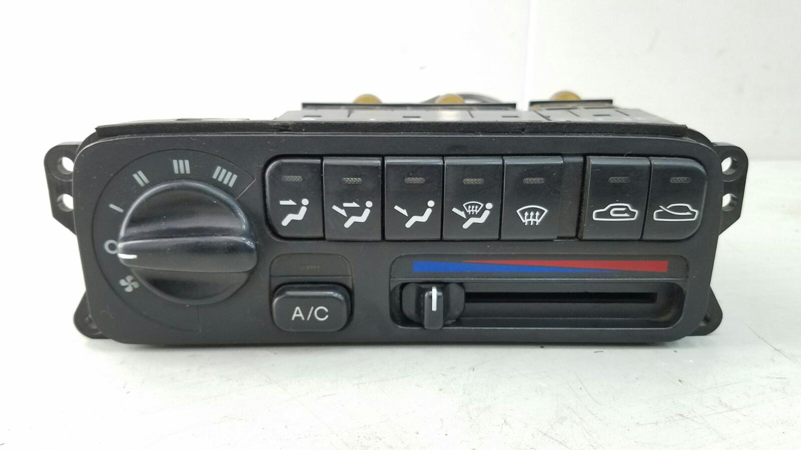 Блок управления климатом печкой отопителем Hyundai Sonata 2 Y3 G4EP 1998