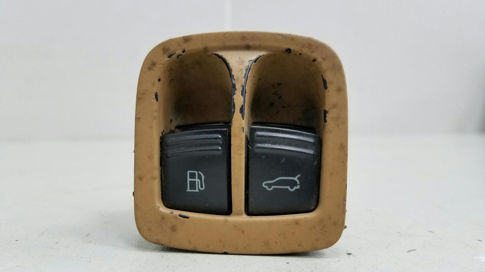 Кнопка открывания багажника Porshe Cayenne 955 BMV M02.2Y 3.2Л 2005