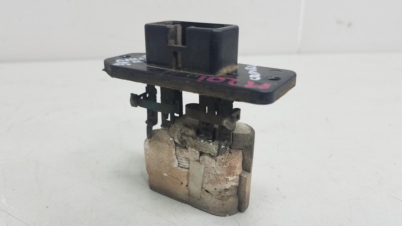 Резистор реостат печки Toyota Camry SXV1 3VZFE 3.0Л 1992