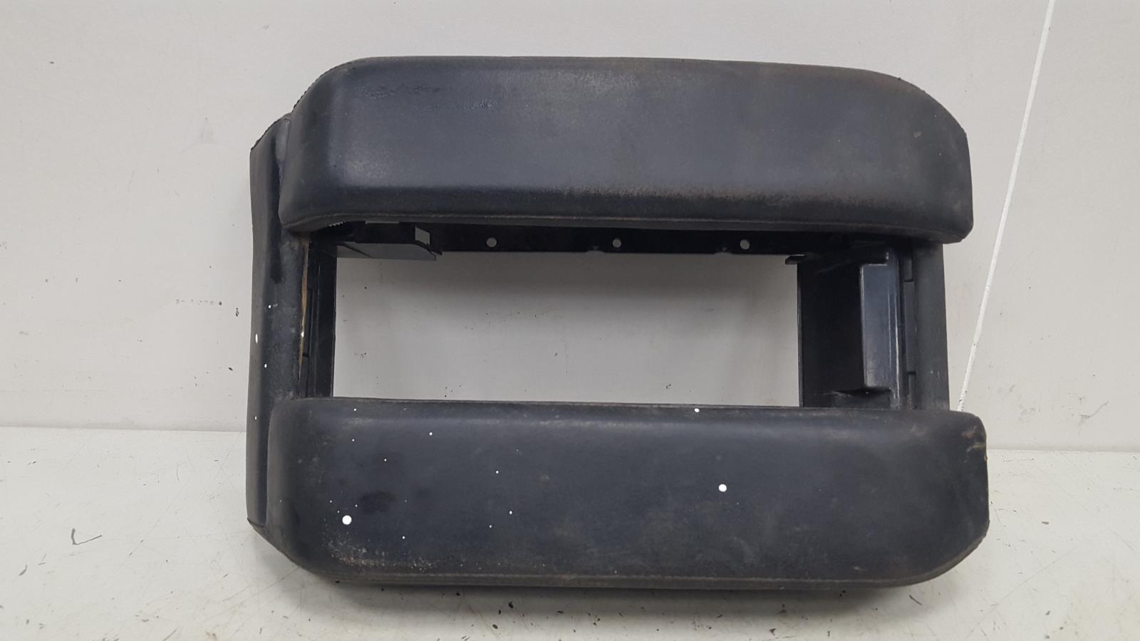 Подлокотник Bmw 728 I Il E38 M52 1996