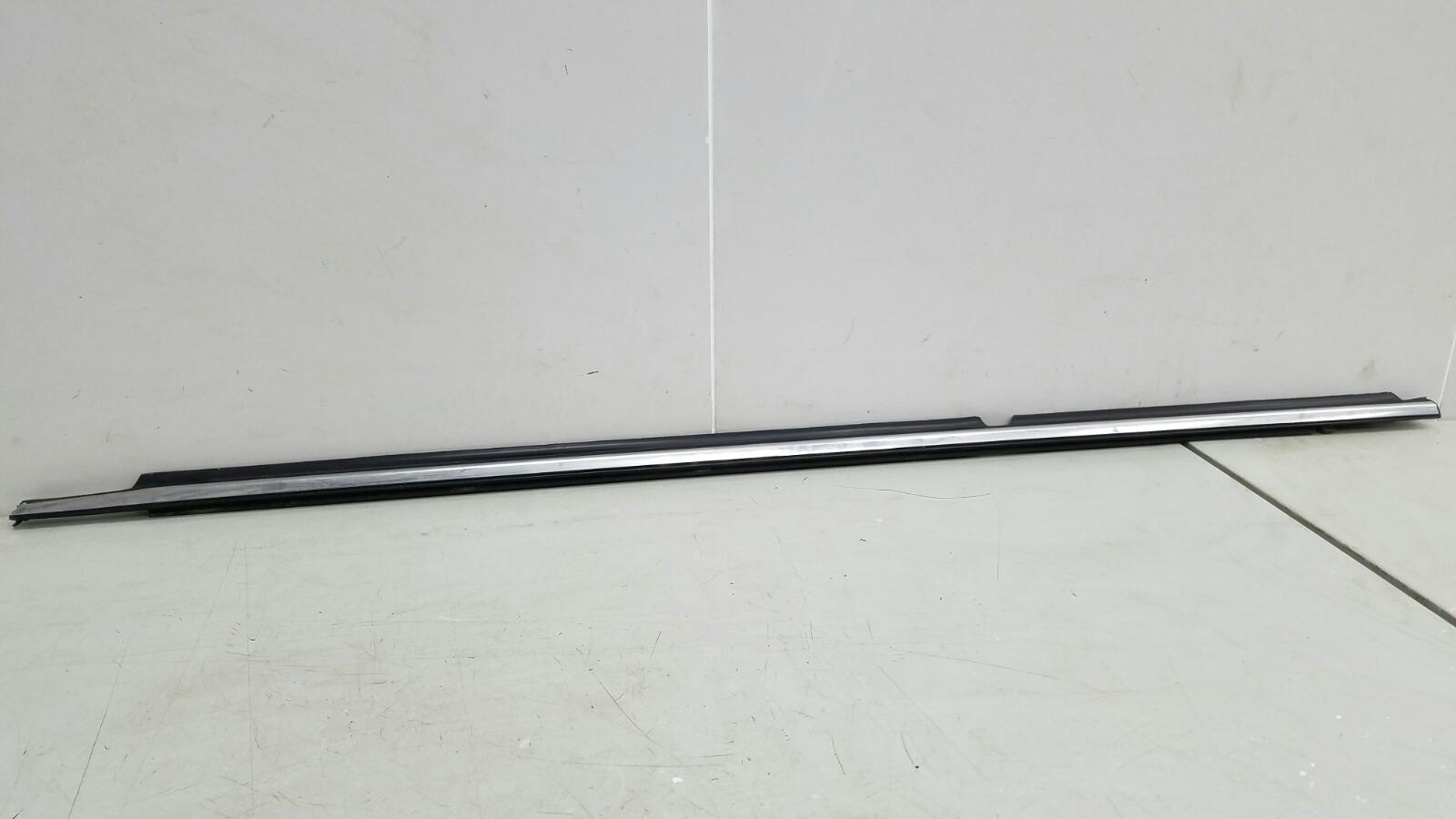 Бархотка молдинг наружний Toyota Avensis 2 T250 1ZZ-FE 1.8Л 2008 задняя левая