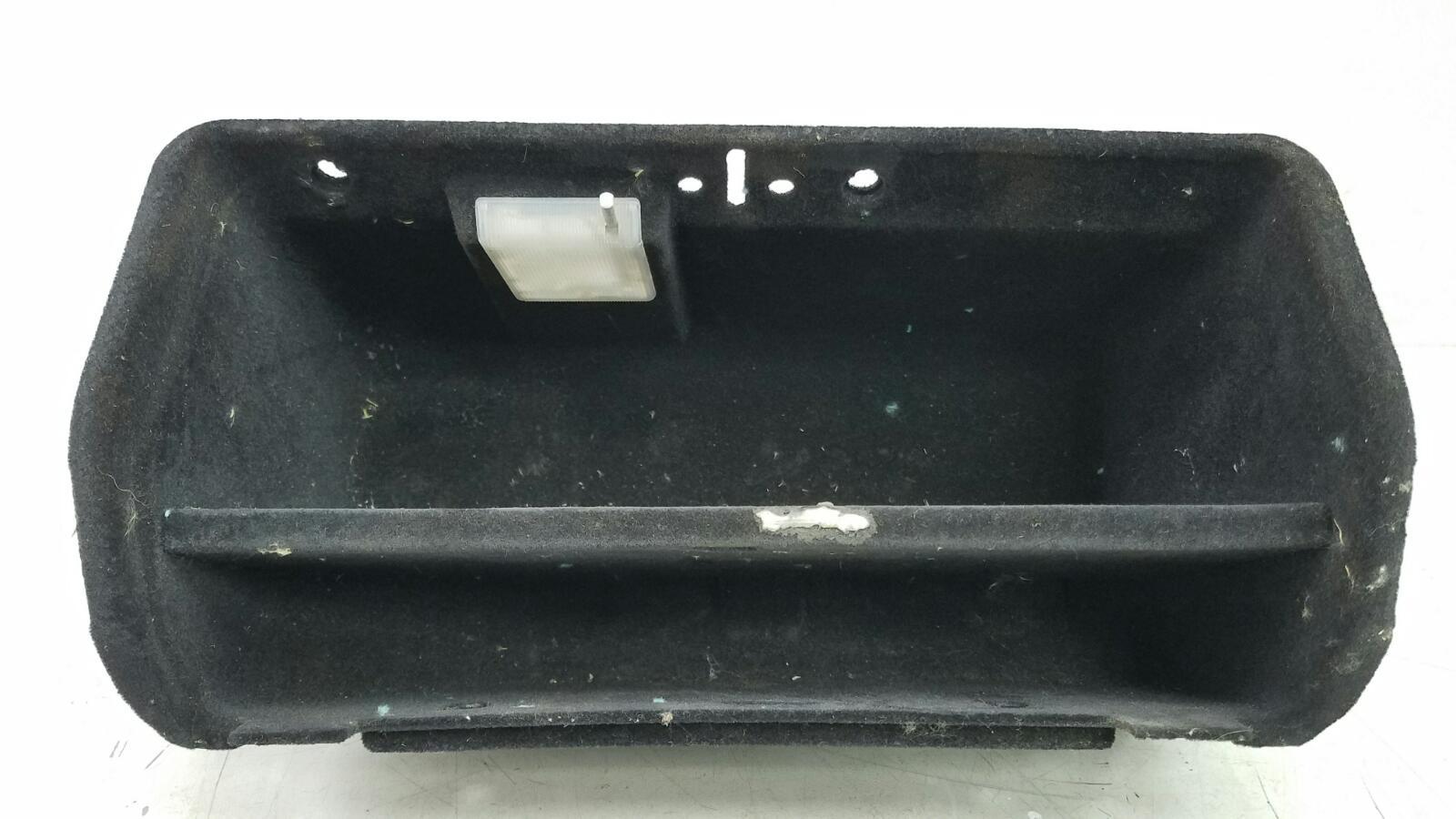 Бардачок Mercedes C280 W202 M104.941 1998