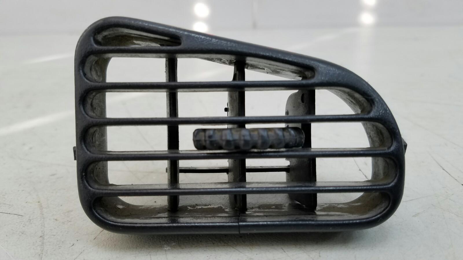 Дефлектор воздушный Hyundai Sonata 2 Y3 G4EP 1998