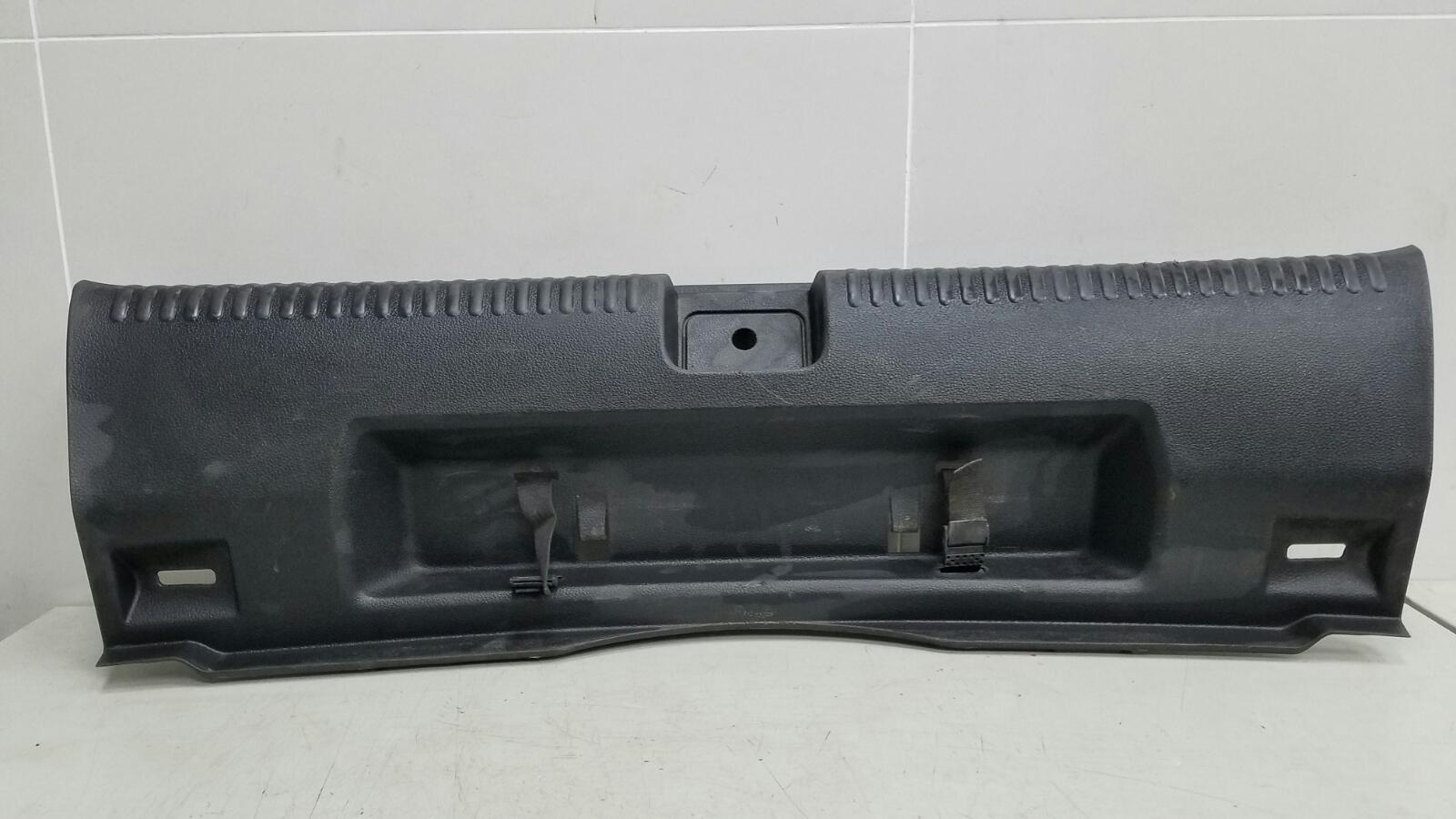 Накладка замка багажника Volkswagen Jetta 6 162 CFNA 2014