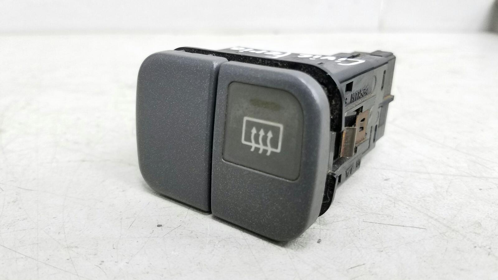 Кнопка обогрева заднего стекла Honda Civic Ferio EG8 D15B 1.6Л 1992