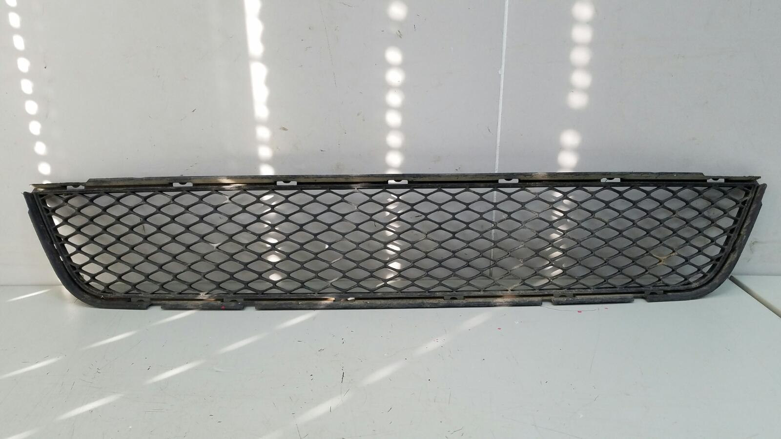 Решетка радиатора Kia Sportage 2 GE G4GC 2009