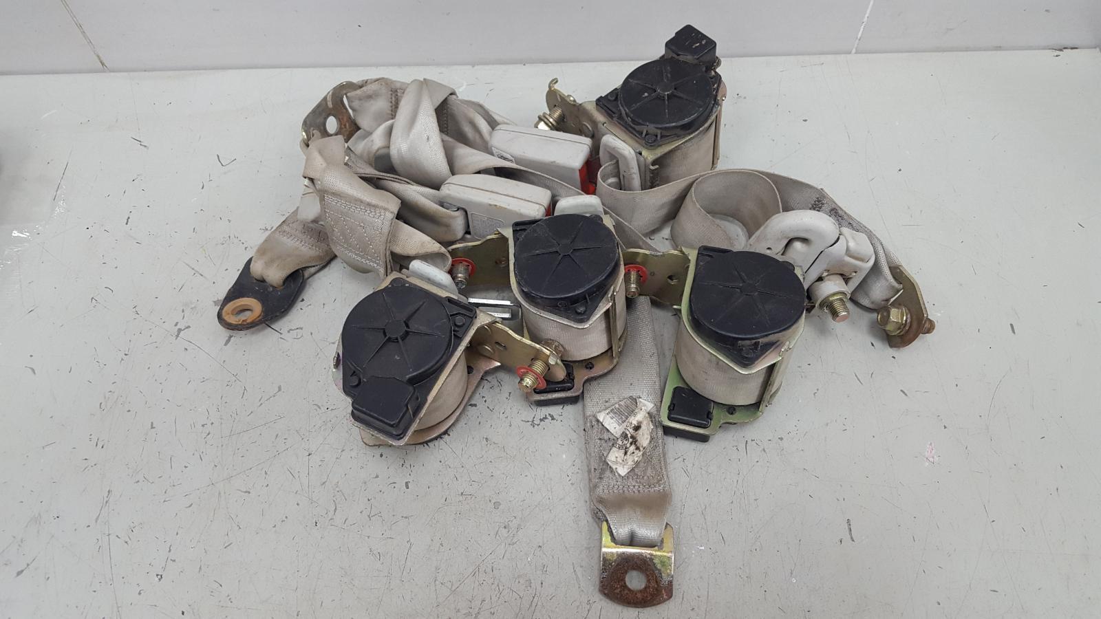 Ремень безопасности Geely Mk MR479QA 1 2012 задний